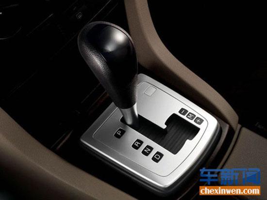 驾车经验传授 手自一体驾驶技巧高清图片