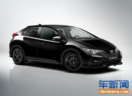 本田思域黑色特别版车型为两厢五门式布局,与普通款车型相比,本田